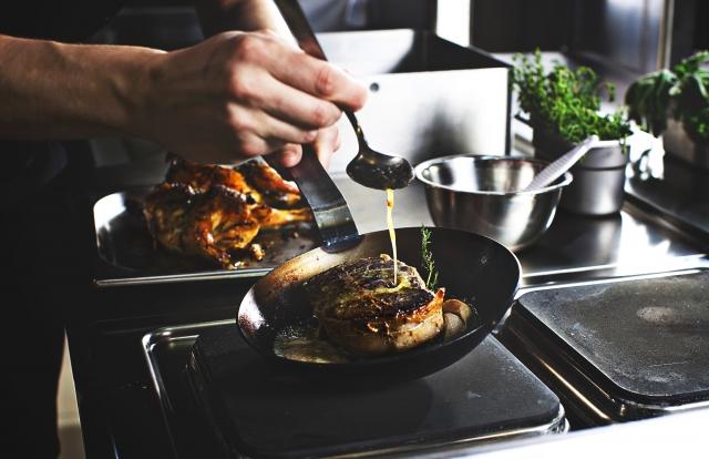 プロの料理人に習う料理教室